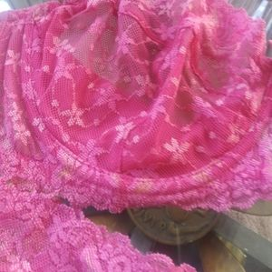 Frederick's of Hollywood Other - Pretty pink bra and garter